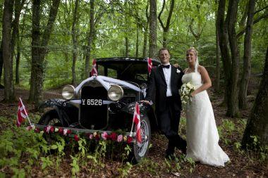 Veterang rden brudek rsel for Garage ford bruges